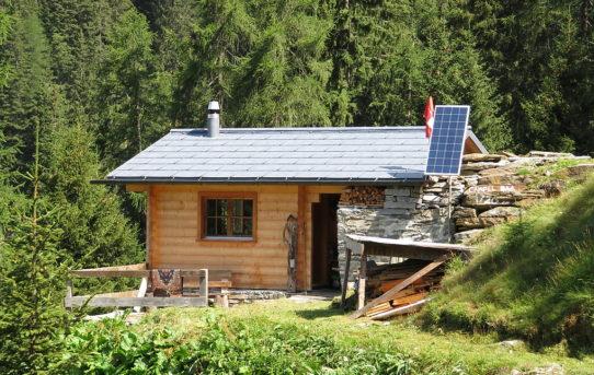 Rif. Alp di Campel Bass (1'720 m) + Rif. Alp di Campel Alt (2'015 m)