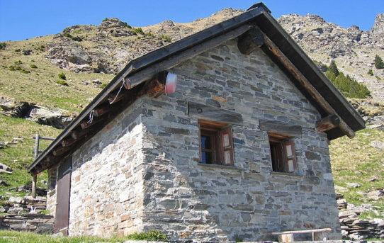 Capanna Biasagn (2'023 m)