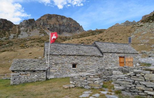 Capanna Alp da Canaa (1'843 m)
