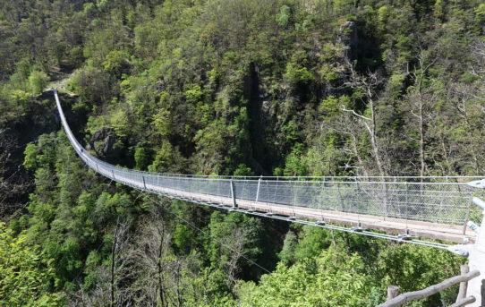 Ponte Tibetano Carasc (700m)